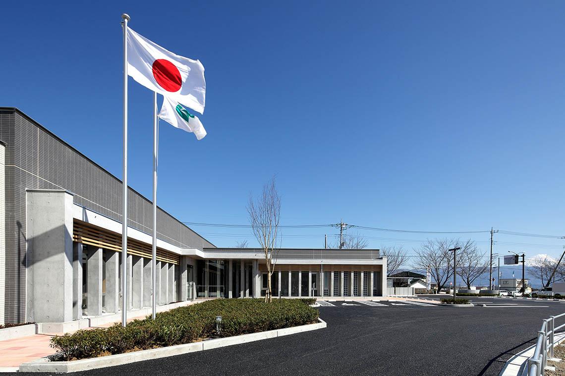 甲斐市役所敷島庁舎外観(西面)