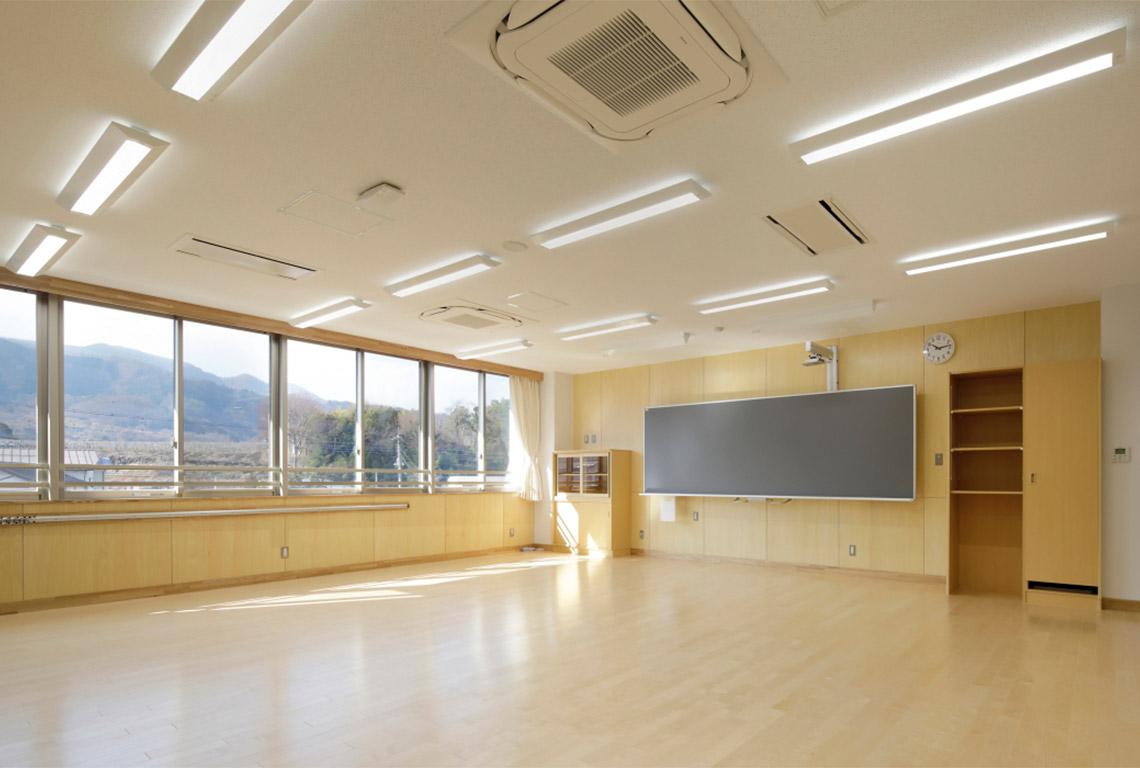 豊富小学校普通教室